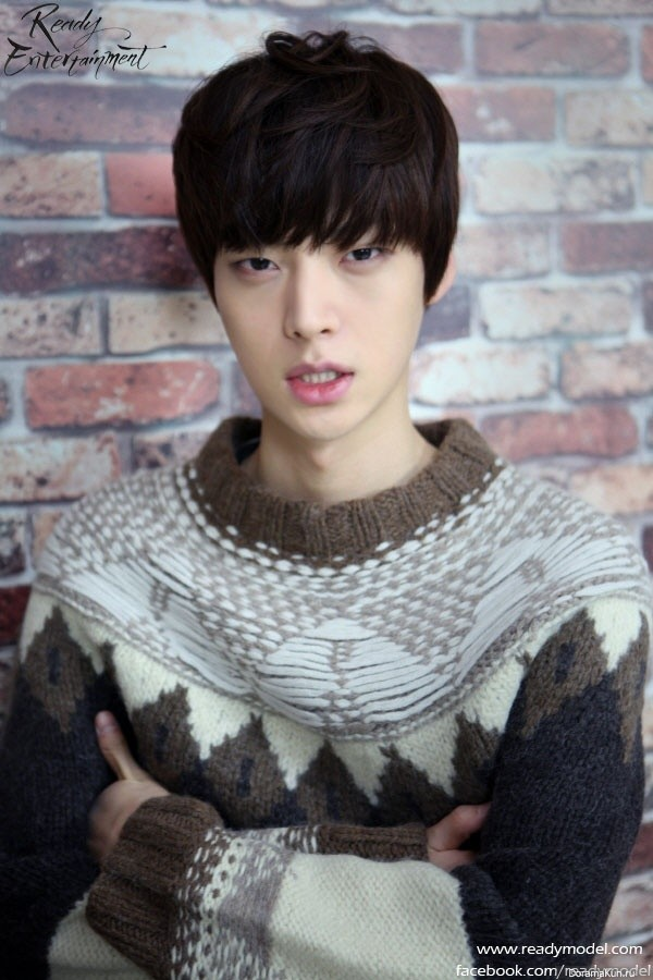 Ahn Jae Hyeon - bio and intersting facts about personal life.