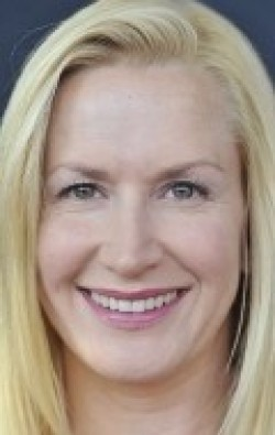 Angela Kinsey pictures