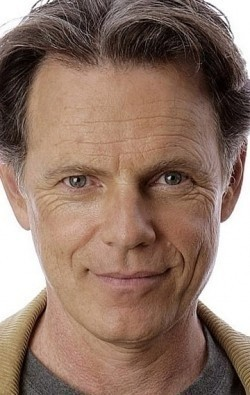 Bruce Greenwood - wallpapers.