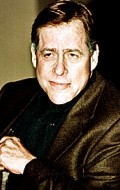 All best and recent Earl Hindman pictures.
