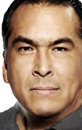 Eric Schweig - wallpapers.