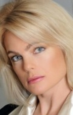 All best and recent Erika Eleniak pictures.