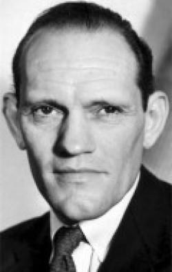 Actor Harry Andrews, filmography.