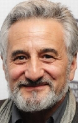 All best and recent Henry Goodman pictures.