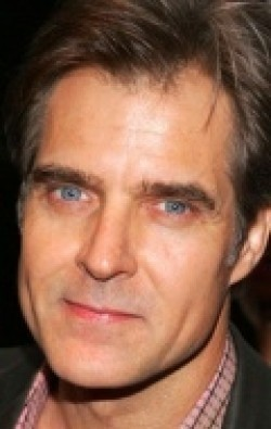 All best and recent Henry Czerny pictures.