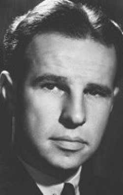 Actor, Writer, Producer Hume Cronyn, filmography.