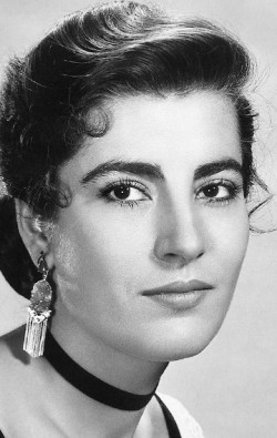 Irene Papas - wallpapers.