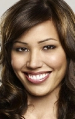 Michaela Conlin - wallpapers.