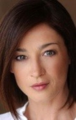 All best and recent Moira Kelly pictures.