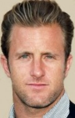 All best and recent Scott Caan pictures.