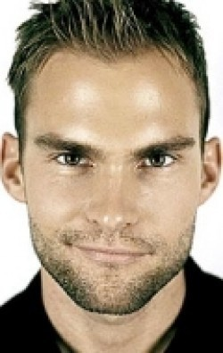 Recent Seann William Scott pictures.