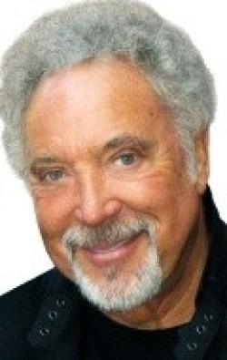 Tom Jones - wallpapers.
