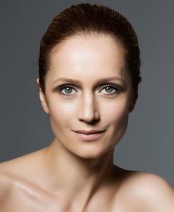 Actress Viktoriya Isakova, filmography.