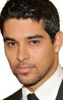 All best and recent Wilmer Valderrama pictures.