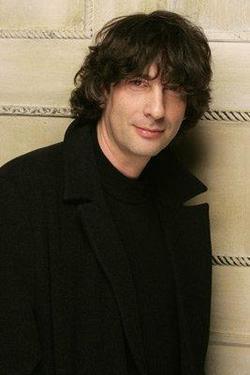 Recent Neil Gaiman photos.